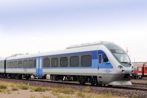 عملیات اجرایی قطار شهری اصفهان - شاهین شهر شروع می گردد