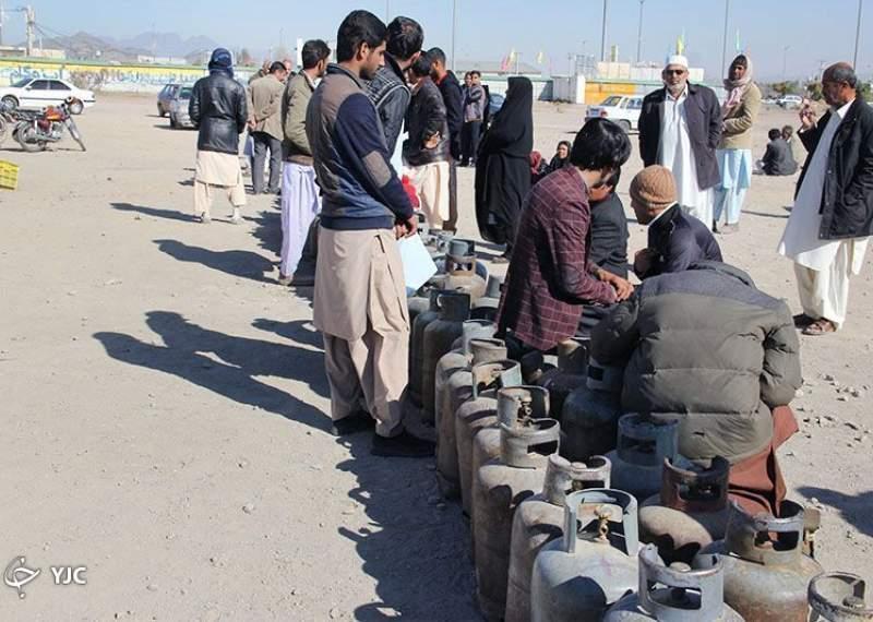 انتظار مردم در صف های گاز به هیچ عنوان قابل پذیرش نیست